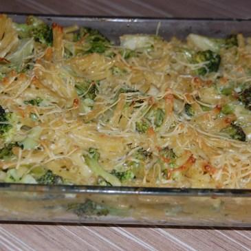 Gratin de brocolis et macaronis