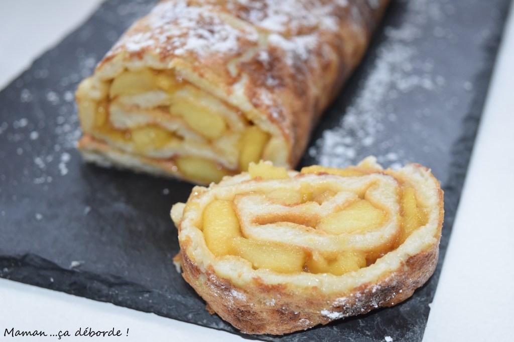 Crêpe roulée aux pommes et caramel beurre salé