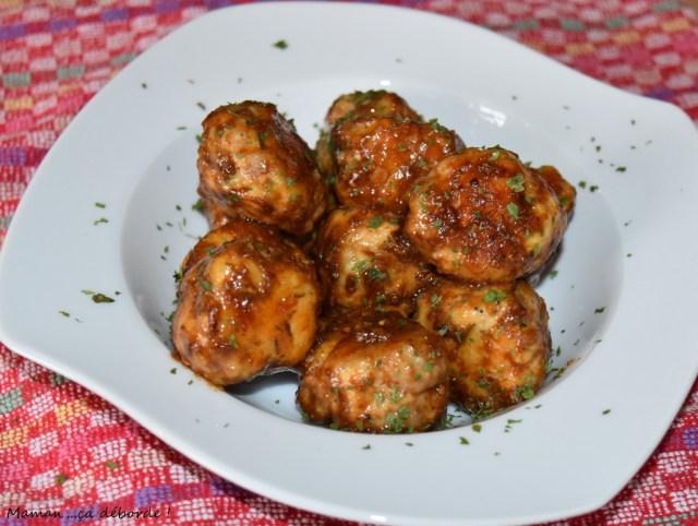 Boulettes de volaille et chair à saucisse au miel et au thym