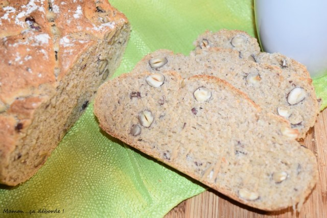 Pain à la farine de kamut et noisettes