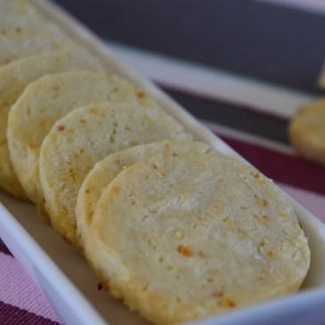 Biscuits apéritifs crème et oignon