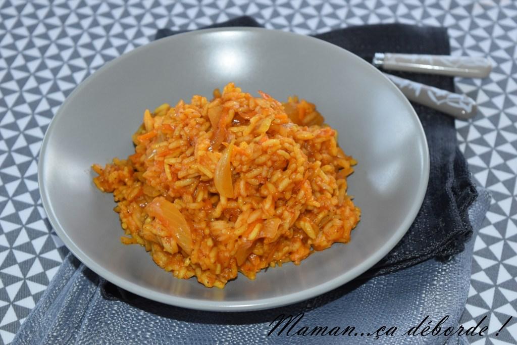 Madghout ou Riz à la tomate et aux épices