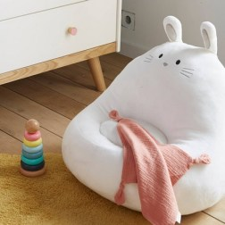 Fauteuil lapin fausse fourrure