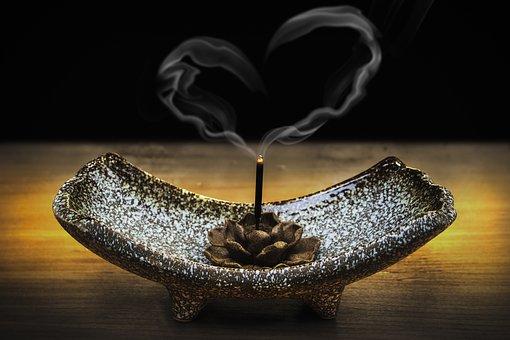 incense-2042096__340