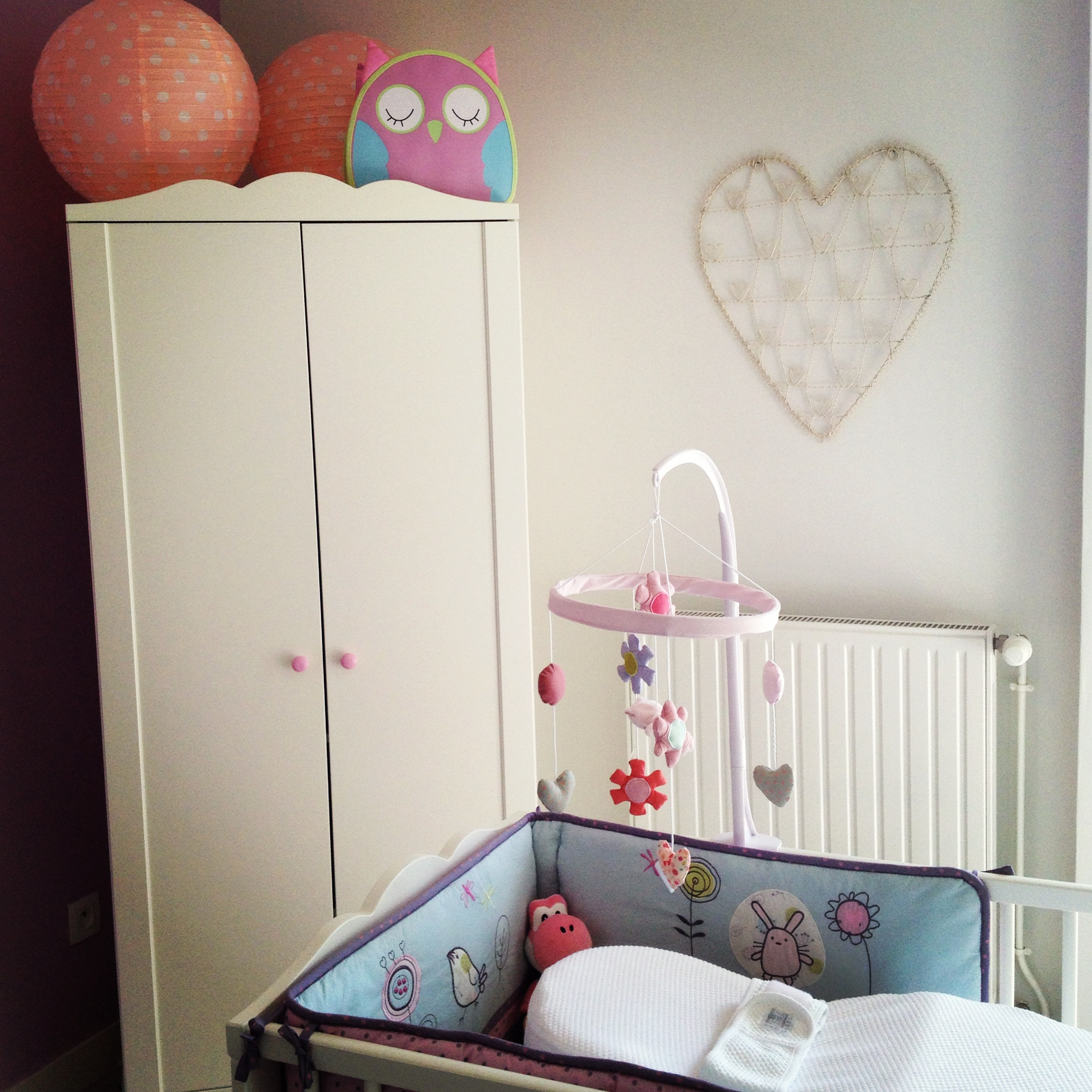 Great babyus room le final with armoire hensvik ikea for Armoire lit escamotable ikea
