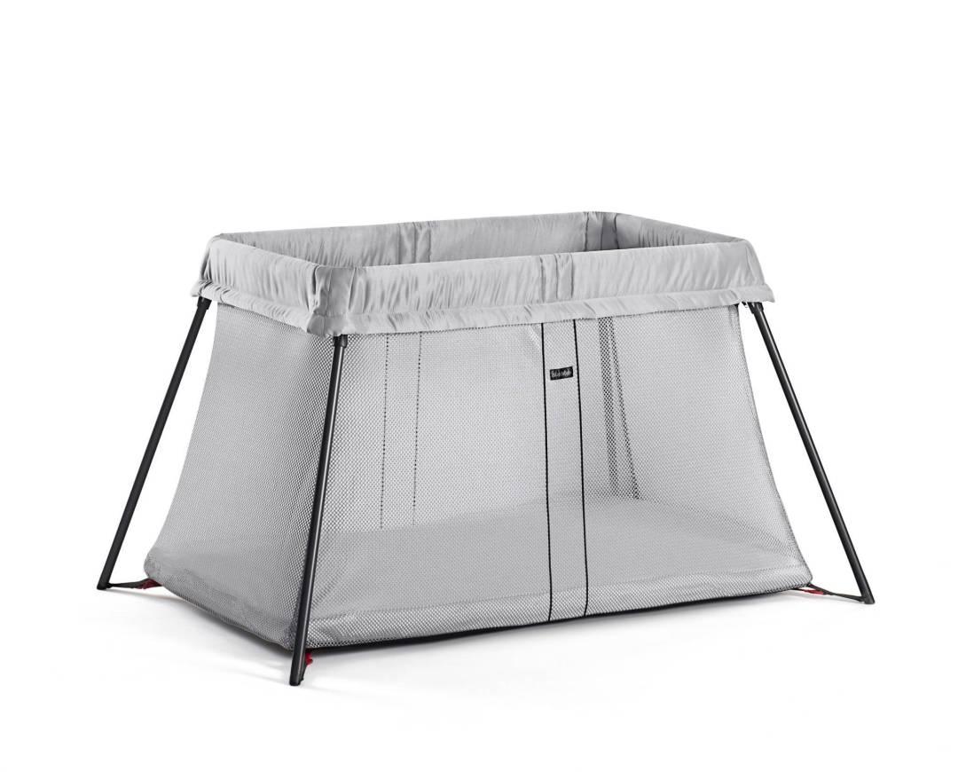 concours le lit light babybjorn maman floutch blog pour mamans parents de jumeaux clermont. Black Bedroom Furniture Sets. Home Design Ideas
