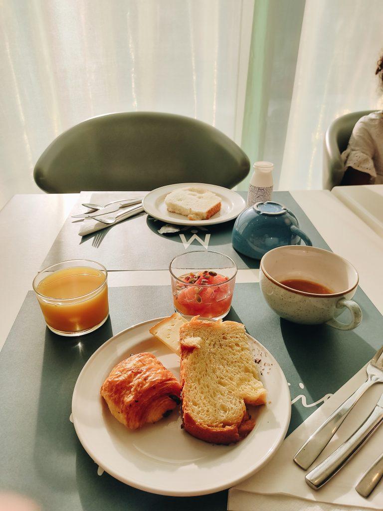 hotel-mercure-petit-dej
