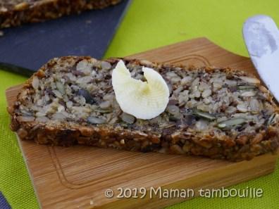 pain aux graines sans farine16