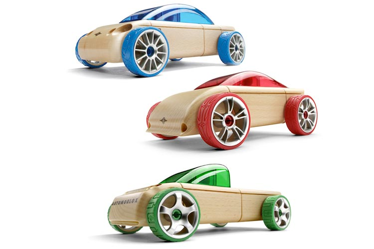 Superstars_Gift_Guide_Automoblox_via_Mamnushkablog