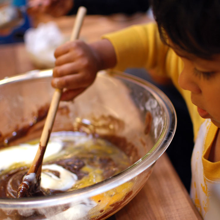 MAMANUSHKA.com || Rainy Day Ice Cream Cupcakes || Cooking with Kids || Kids Recipes || Klutz Cookbook