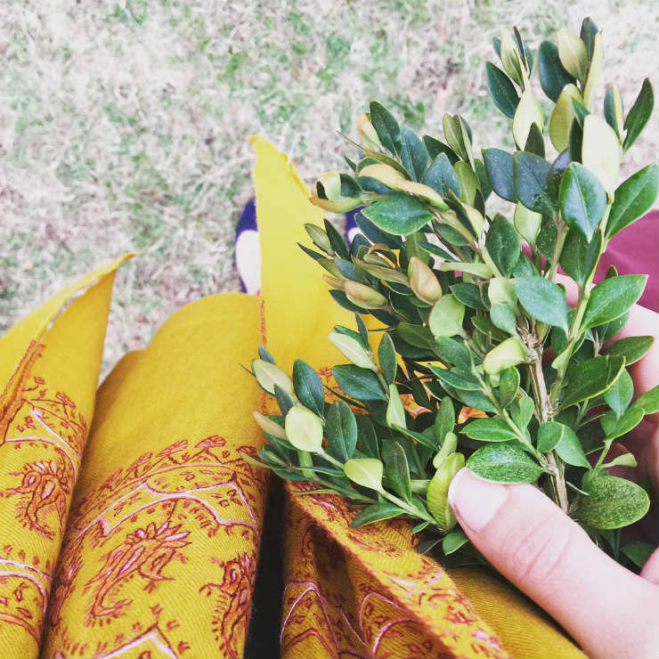 fall-fav-things-autumn-shawls-via-mamanushka-blog