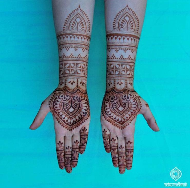 5-modern-mendhi-instagrams-tokomehndi-hands-via-mamanushka-blog