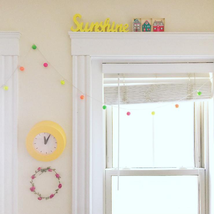 kids-room-decor-window-sills-via-mamanushka-blog