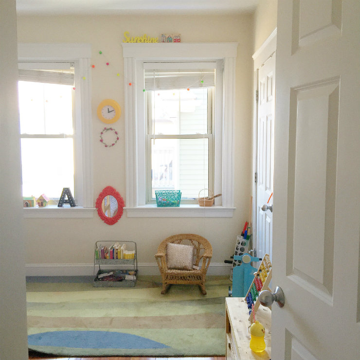 kids-room-decor-window-view-via-mamanushka-blog