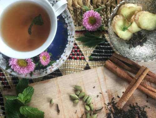 Mamanushka.com || Somali Shaa || Spicy Ginger & Mint Tea