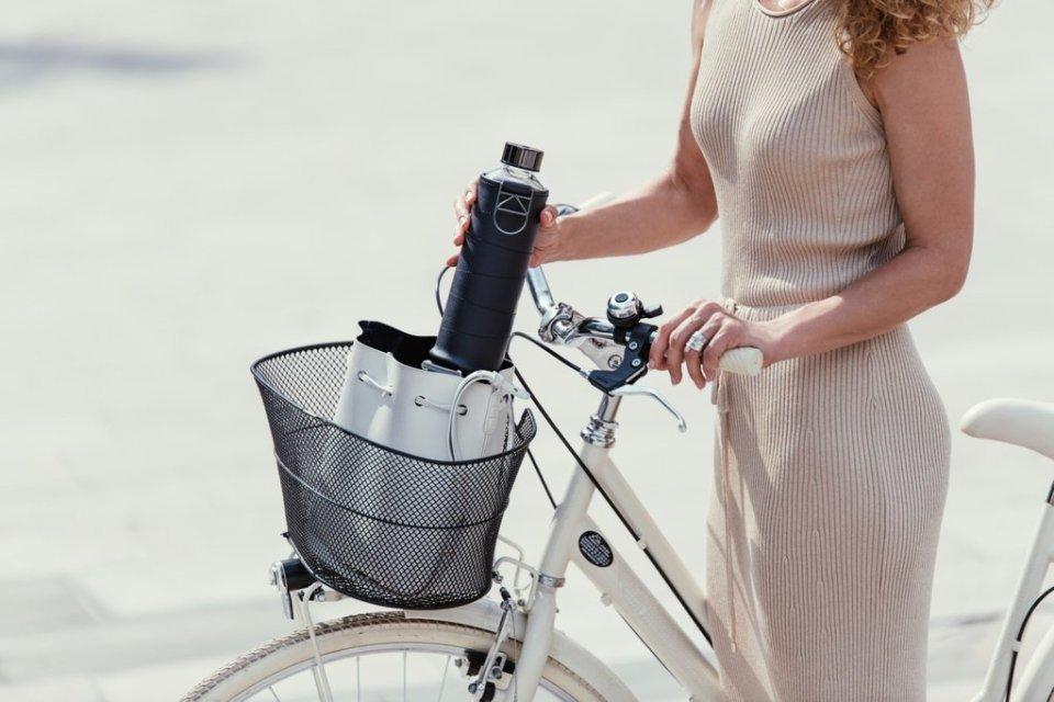 bouteille gourde en verre réutilisable pour emmener votre eau partout avec vous