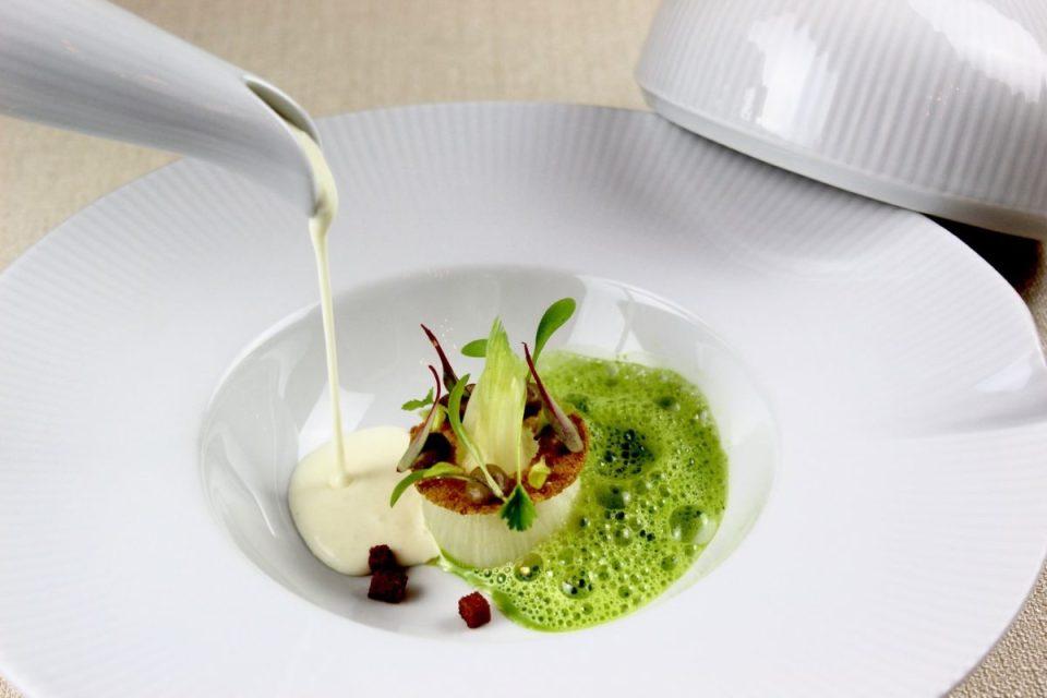 idée de cadeau éco-responsable, pour noël ou un anniversaire : un dîner dans un restaurant gastronomique labellisé greenfood