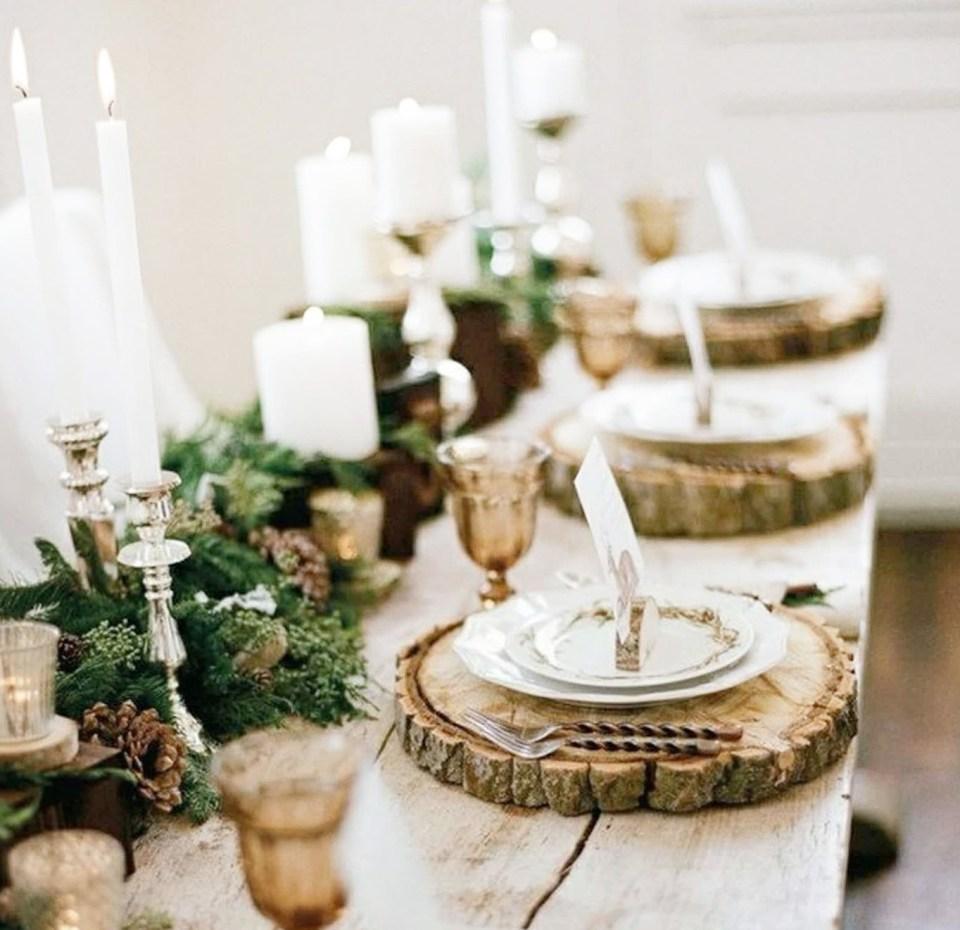 déco de Noël naturelle à faire soi-même avec du bois des branches de sapin des bougies