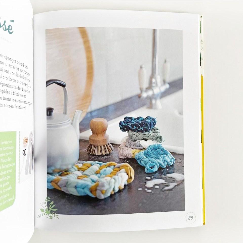 livre créations zéro déchet couture, lingettes lavables et sa panière en crochet, Tawashi, en tissage facile à utiliser en dessous de plat ou éponge