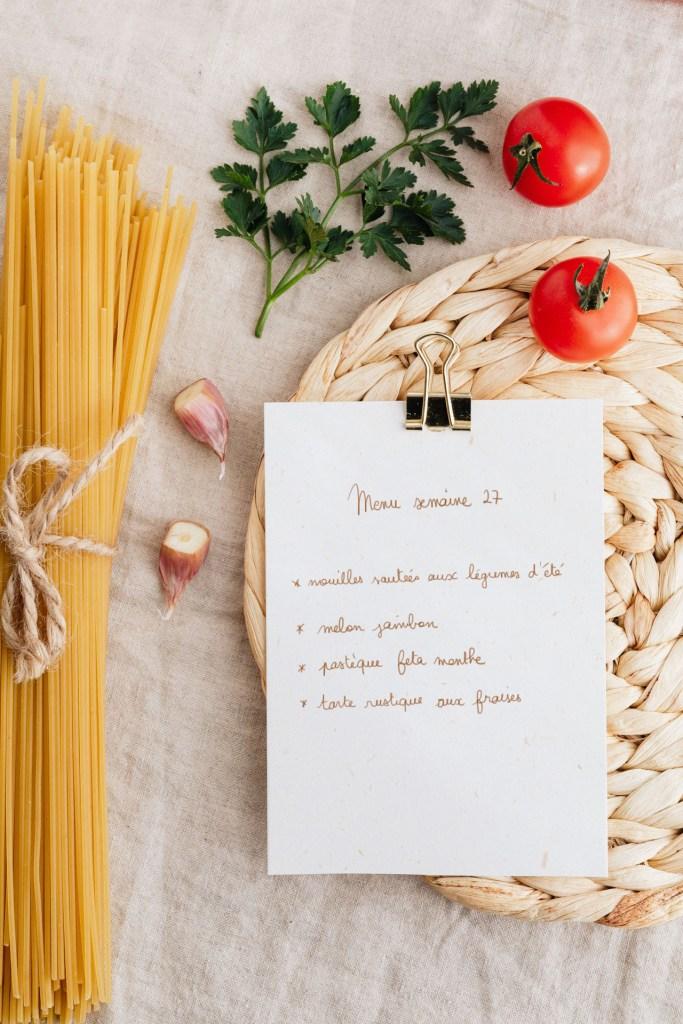 organiser ses menus pour manger de saison pâtes tomates menu d'été