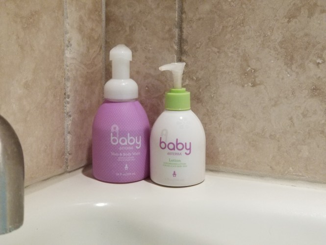Mama of Both Worlds: Baby Bath Time Essentials