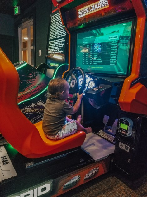Mama of Both Worlds: Disney's Saratoga Springs Arcade Fun to Do