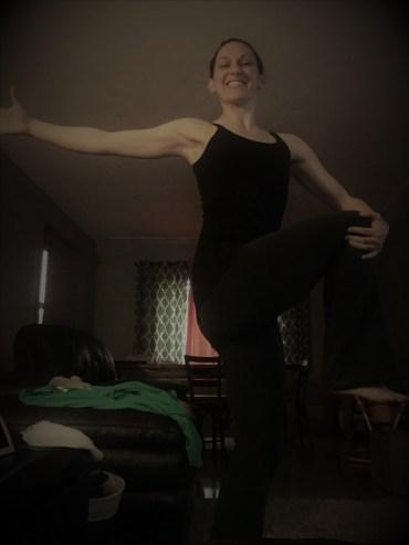 leg pose with arm