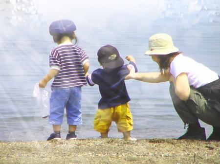 子供 海岸