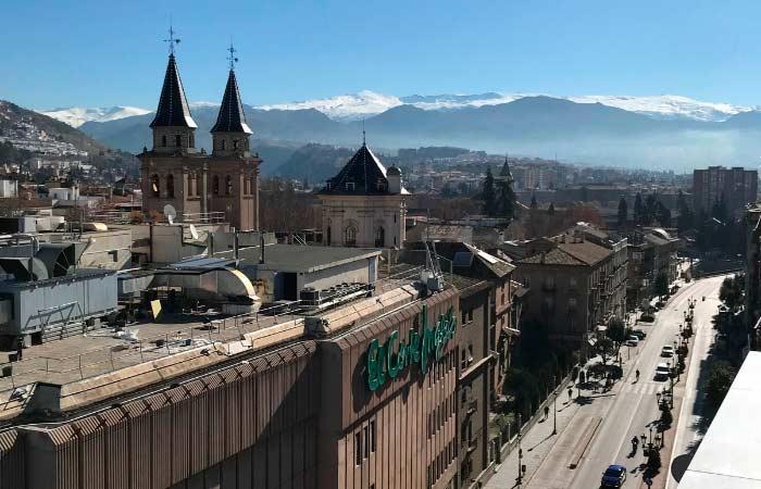 Terraza BHeaven Granada