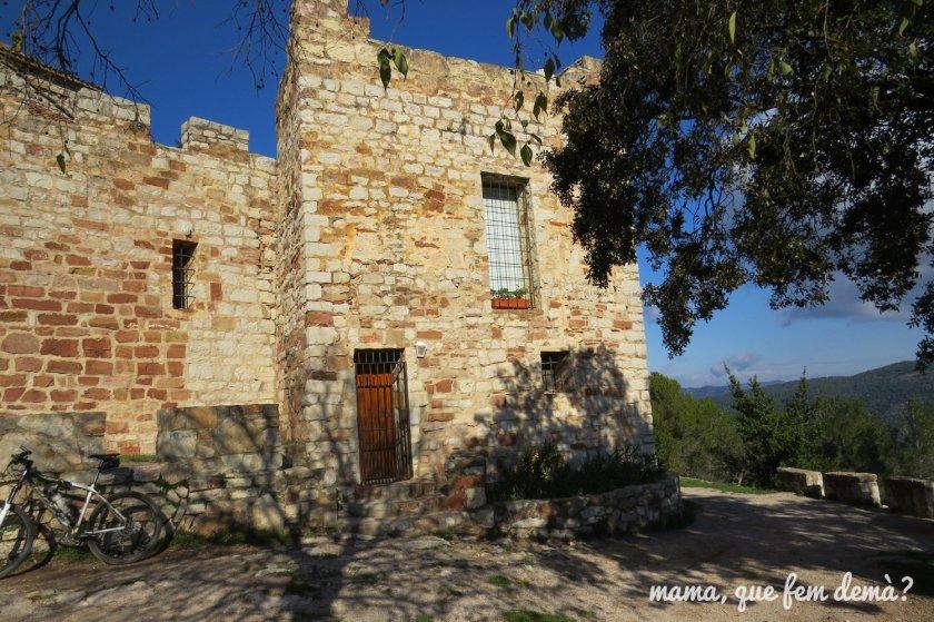 castillo puig de la creu castellar vallès
