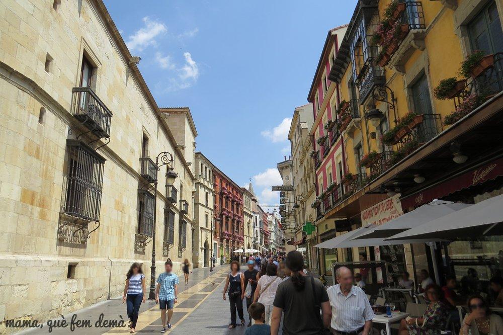 calle de León