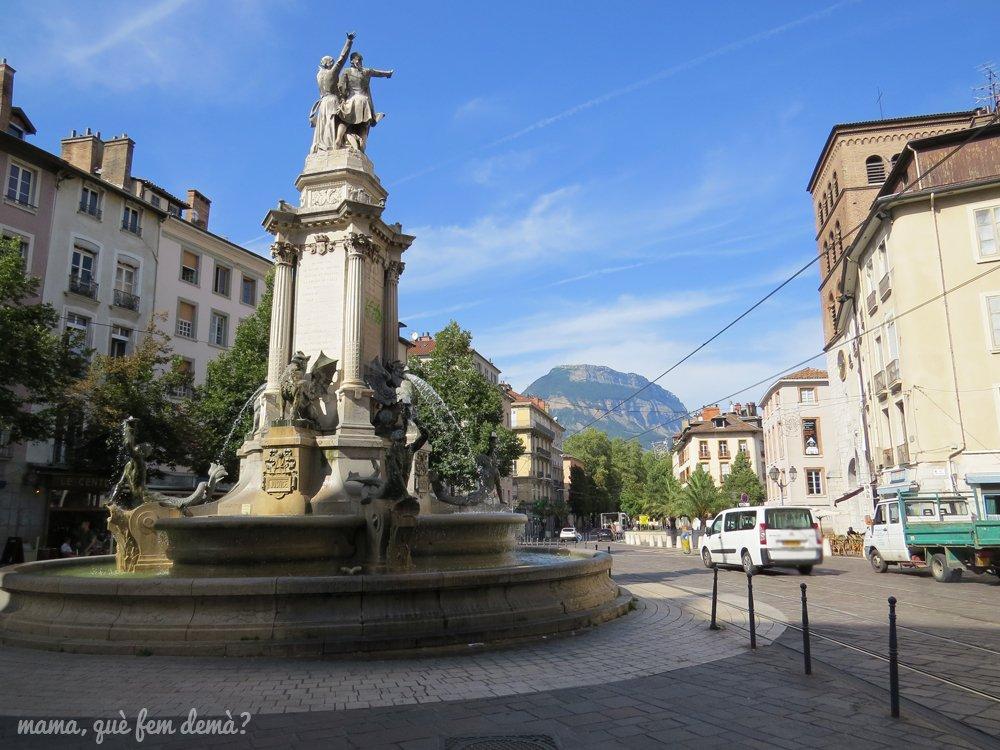 Plaza de Notre Dame de Grenoble