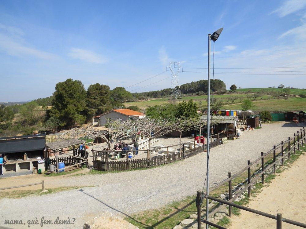 Exterior de la granja Can Pidelaserra