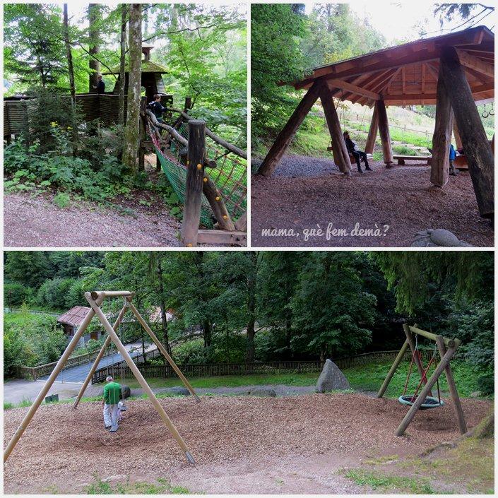 parque infantil en las cascadas de triberg