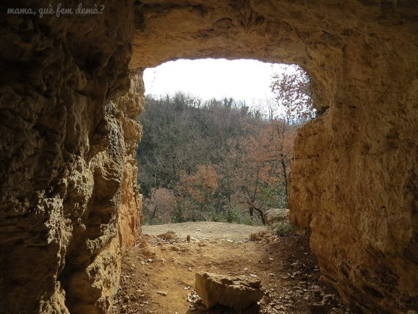 coves_del_toll08