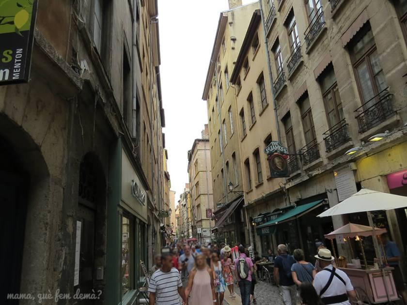calle del barrio viejo de Lyon