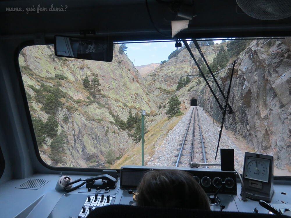 tren cremallera Nuria