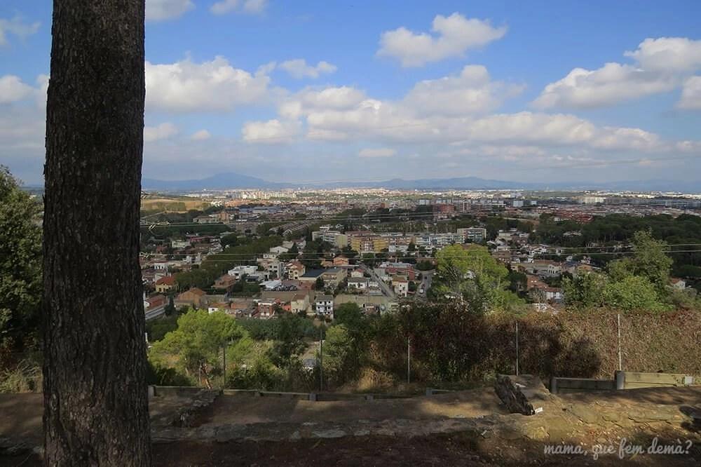 Vistas del Vallès desde el Poblat ibèric Ca n'Oliver de Cerdanyola del Vallès