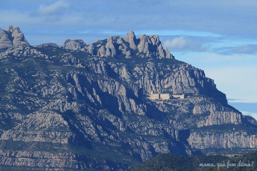 Monasterio de Montserrat desde Ullastrell
