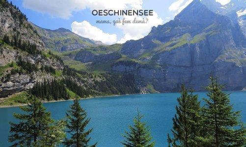 El lago azul y tobogán de verano de Oeschinensee, Suiza