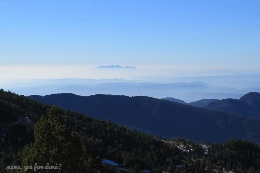 Vistas de Montserrat desde el foodtruck de Rasos de Peguera