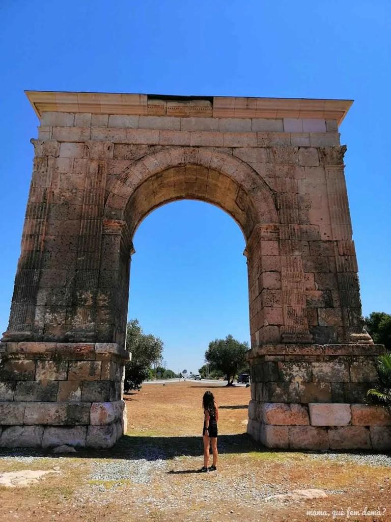 Arc de Triomf de Roda de Berà