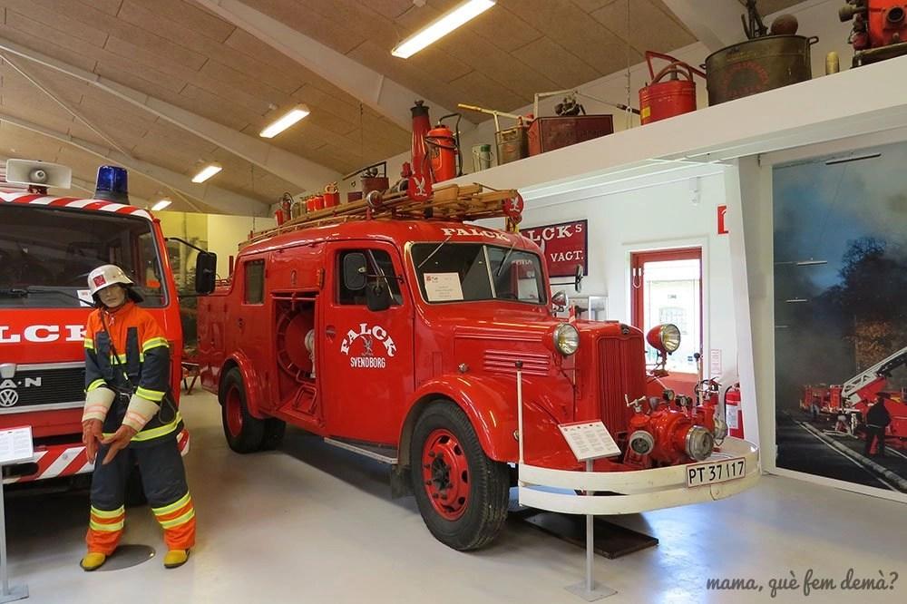Camión de bomberos Falck en el Castillo de Egeskov