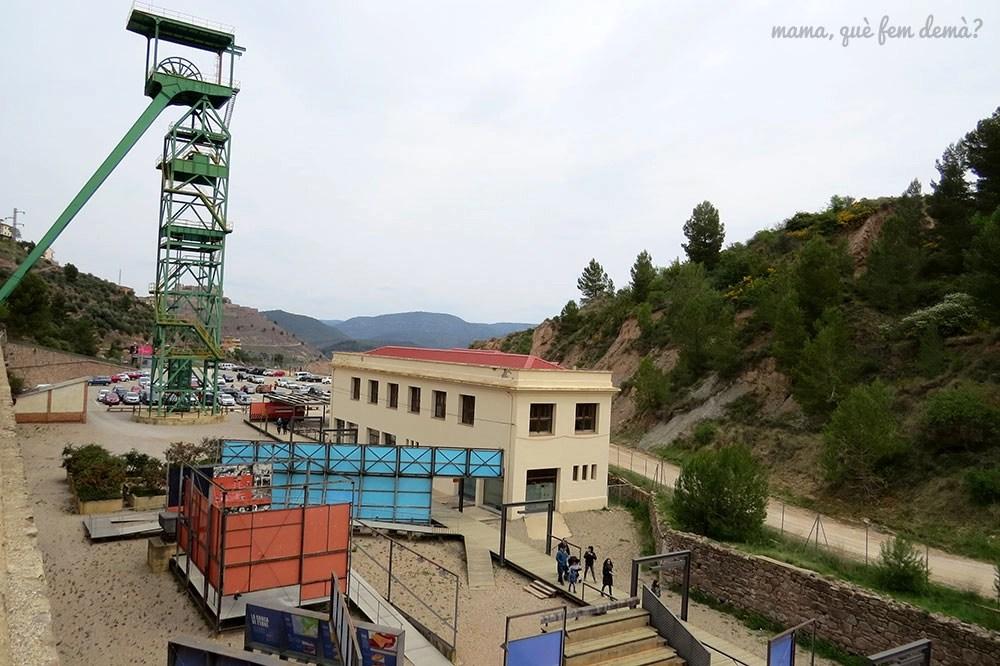 exterior de la mina de sal de Cardona