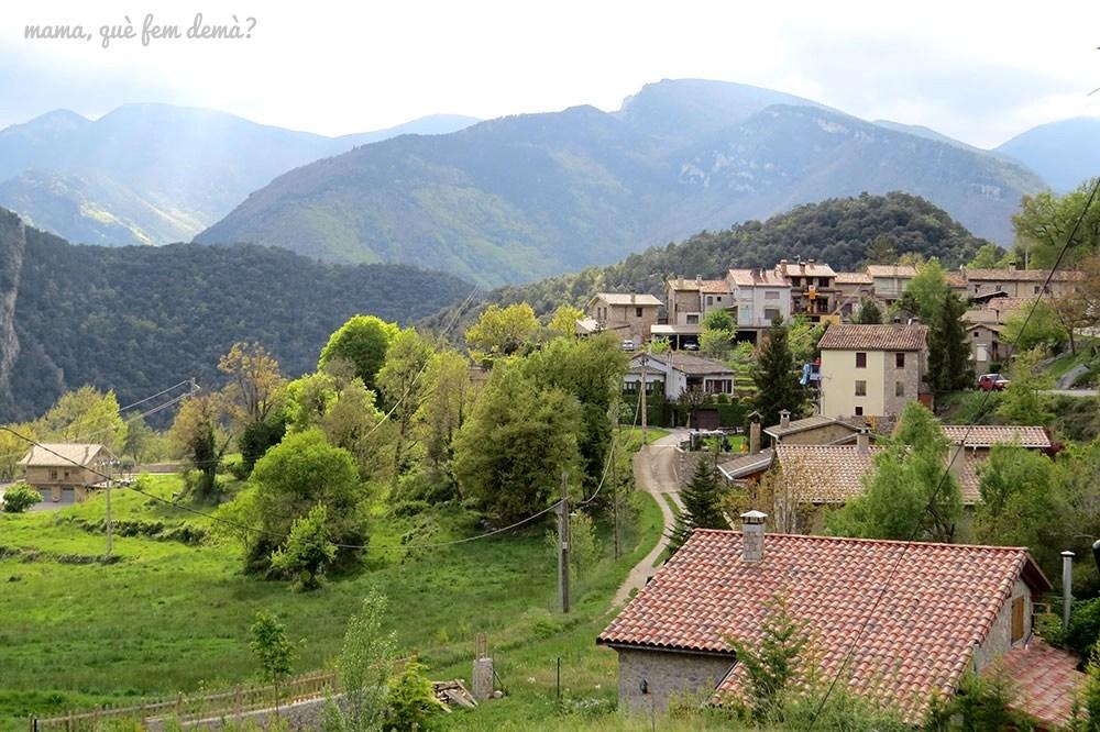 """Vistas de la Nou del Berguedà desde la ruta """"Un tomb per la Nou"""""""