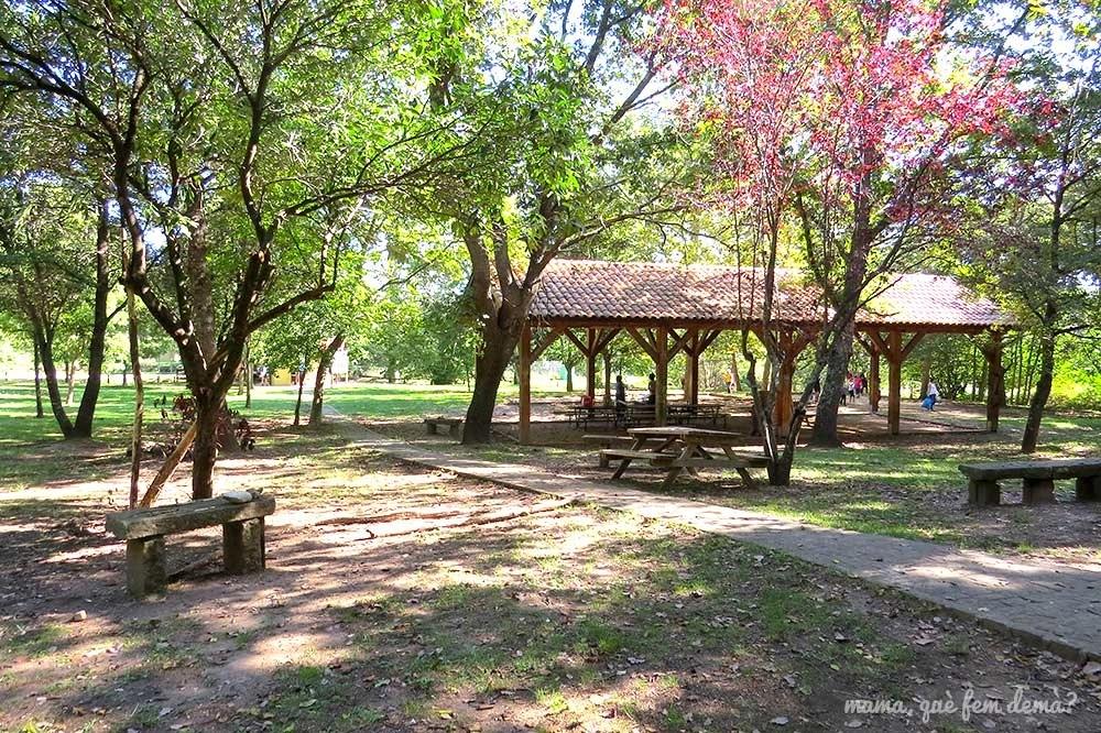 Área recreativa La Parada del Jonquer en les Planes d'Hostoles