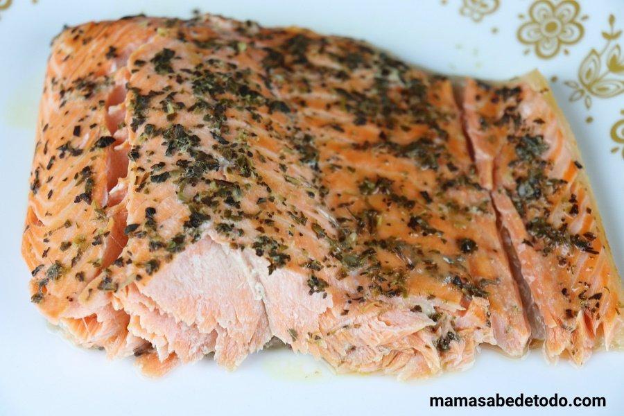 Salmón-al-horno-receta-fácil
