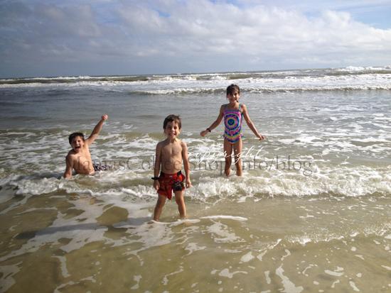 MCS-kids-beach-joy