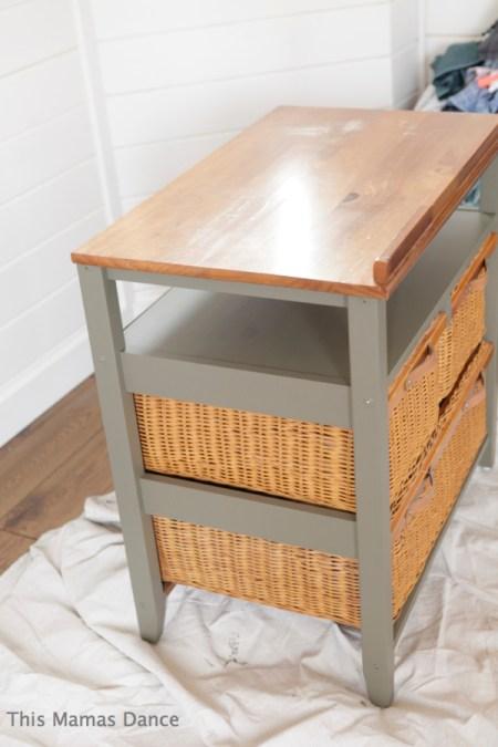side angle basket table green