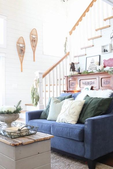 Lake House, Christmas Living Room-2
